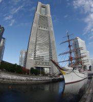 旧横浜船渠ドックと帆船日本丸