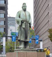 和気清麻呂公銅像(紀元二千六百年記念)